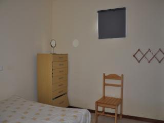 Apartamento T2 com varanda no r/c - Santa Maria vacation rentals