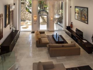 VILLA SHARM Taormina centro - Taormina vacation rentals