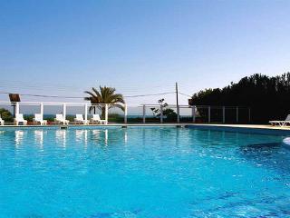 Perfect 2 bedroom Apartment in Playa d'en Bossa - Playa d'en Bossa vacation rentals