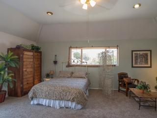 DowntwnPenthouseWalk2All:Downtown,StateSt, Beach - Santa Barbara vacation rentals