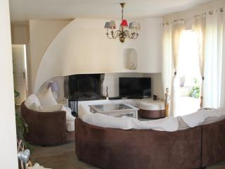 Cozy Ventiseri vacation House with Internet Access - Ventiseri vacation rentals