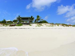 Nice 5 bedroom Providenciales Villa with Internet Access - Providenciales vacation rentals