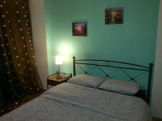 Entire Cozy Ap. Athens Piraeus - Piraeus vacation rentals