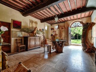 4 bedrooms  in a  tower, home of a sculptor - Montepulciano vacation rentals