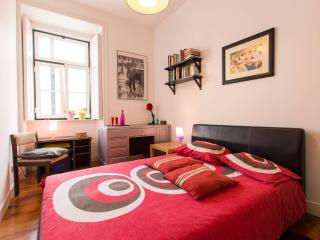 Cozy Room in a Writer's House - Lisbon vacation rentals