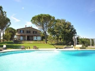 Beautiful 5 bedroom Villa in Monte Castello di Vibio with Internet Access - Monte Castello di Vibio vacation rentals