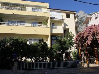 3 bedroom Apartment with Television in Makarska - Makarska vacation rentals