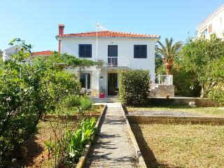 1 bedroom Apartment with Internet Access in Supetar - Supetar vacation rentals
