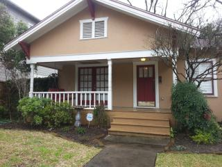 Edge of Downtown Houston Bungalow - North Houston vacation rentals