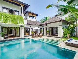 Roof top bale and kayaks. Villa Cempaka - Nusa Dua vacation rentals