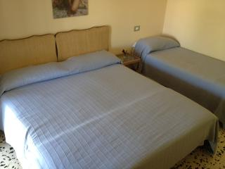 Romantic 1 bedroom Bed and Breakfast in Taormina - Taormina vacation rentals