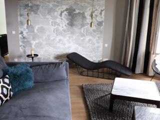 Le Valmer Elegant penthouse design pleine vue mer - Le Havre vacation rentals