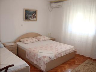 Omiš A2 (5) - Omis vacation rentals