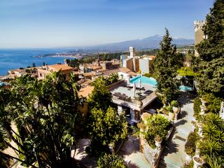 VILLA MONTETAURO Taormina - Taormina vacation rentals