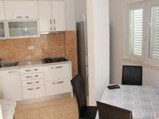 Omiš A4 - Omis vacation rentals