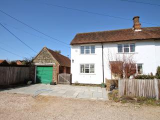 Bright Cottage with Internet Access and Central Heating - Stedham vacation rentals