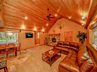 Moose Lodge near the Lake!  4BR | 3BA | Sleeps 11 | Specials! - Ronald vacation rentals