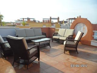 PENTHOUSE 3 BEDROOM JACUZZI - Almería vacation rentals
