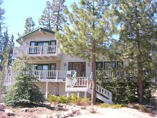 LAKEVIEW!  WALK TO  LAKE & Marina VIEWS  Close to Ski Slope HOT TUB, GAMEROOM - Big Bear Lake vacation rentals