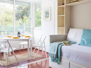 Magnolia Studio Apartment in Cascais - Cascais vacation rentals