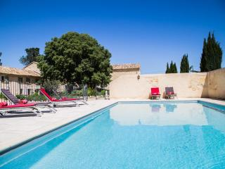 Perfect 1 bedroom Cottage in Avignon - Avignon vacation rentals