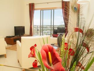 Spacious apartment sea and garden view near center - Albufeira vacation rentals
