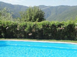 Gorgeous House in Comano with Deck, sleeps 6 - Comano vacation rentals