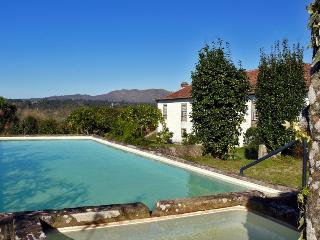 Zaatar Green House, Viana do Castelo, Portugal - Lanhezes vacation rentals