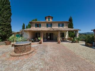 LUXURY TUSCAN VILLA IN CHIANTI WITH PRIVATE POOL, 20 MIN AWAY FROM FLORENCE - Impruneta vacation rentals