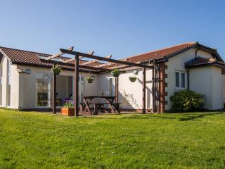 Luxuery 2 Bedroom Cottage - Sidmouth vacation rentals