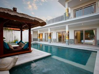 Villa Adon  Big 4*10m Pool. Child safe! Special rate from 14 April till 5th May. - Sanur vacation rentals