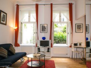 'Berber' Prenzlauer Berg Apartment with Terrace - Berlin vacation rentals