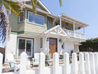 Bright 3 bedroom Encinitas House with Water Views - Encinitas vacation rentals