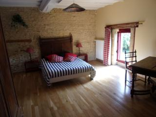 Nice B&B with Internet Access and Garden - Caen vacation rentals