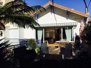Maison hyper centre Arcachon 10 couchages - Arcachon vacation rentals