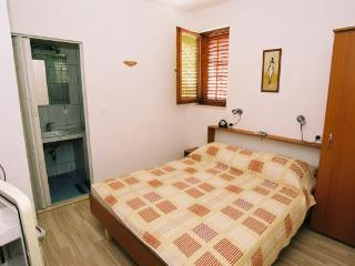 double room 2 - Sv. Filip i Jakov vacation rentals