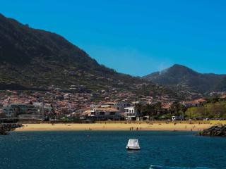 Beach 2min walk. Center. Wifi. CASA DA AVENIDA - Machico vacation rentals