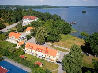 13 bedroom Manor house with Deck in Strangnas - Strangnas vacation rentals