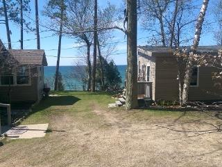 Lake Michigan Cottage w/ Bunk House, Private Beach - Manistee vacation rentals