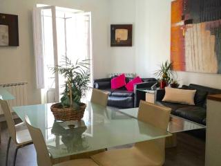 Completely refurbished partment in Goya/Salamanca - Madrid vacation rentals