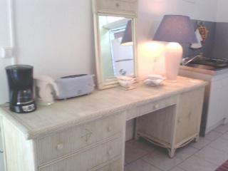 Romantic 1 bedroom House in Port-Louis - Port-Louis vacation rentals