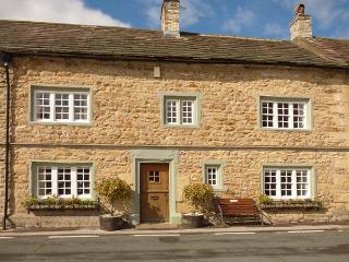 THE SQUARE, character holiday cottage in Masham, Ref 9858 - Masham vacation rentals