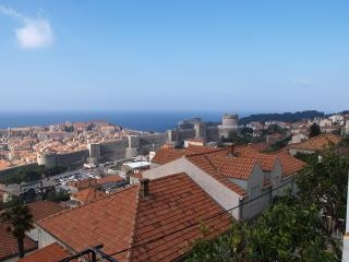 Room with bathroom-center - Dubrovnik vacation rentals