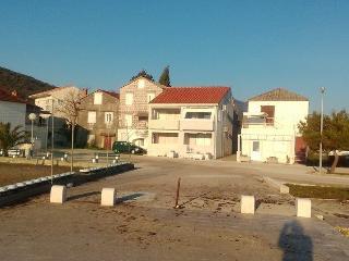 Spacious House with Internet Access and A/C - Poluotok Peljesac vacation rentals