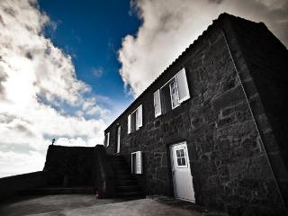 Charming House in Lajes with Housekeeping Optional, sleeps 4 - Lajes vacation rentals