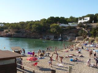 Great Modern flat at 5min walk from the beach - Cala Gracio vacation rentals