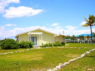 Boater's Bay Cottage with Dock - West End vacation rentals