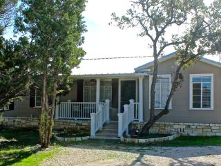 Roadrunners Bungalow 1 Mile from Nutty Brown Cafe - Austin vacation rentals
