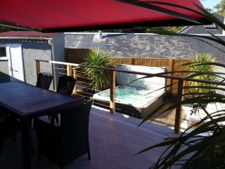 Bright 3 bedroom Longeville-sur-mer House with Internet Access - Longeville-sur-mer vacation rentals