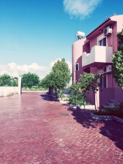 Spacious Villa with Internet Access and Dishwasher - Gennadi vacation rentals